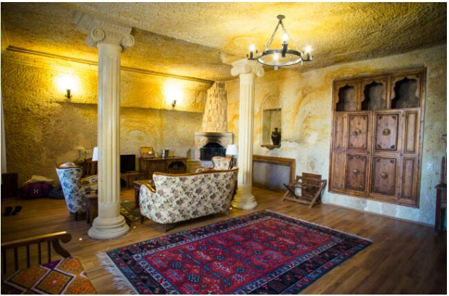 FLIGHTS, ACCOMMODATION AND MOVEMENT IN CAPPADOKIA